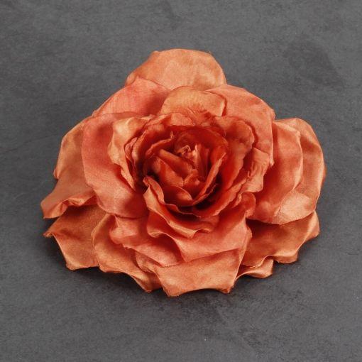Corsage koperkleurige bloem