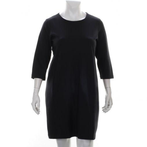 Yesta Base Level zwarte jurk