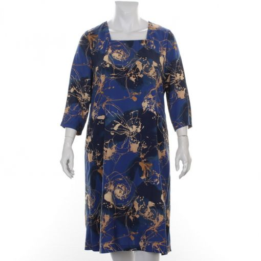 Godske gevoerde blauwe jurk met camel spatprint