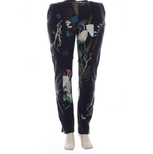 Plus Basics blauwe broek met botanische print
