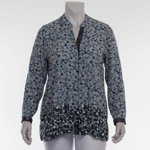 Chalou blouse ecru met blauwe bloemenprint