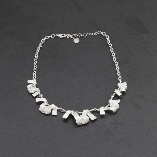 Korte halsketting zilver met parels