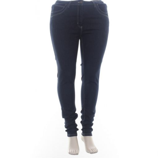 Laurie  spijkerbroek donkerblauw slim fit model Laura.