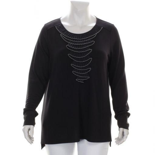 Que zwarte pullover met roezel