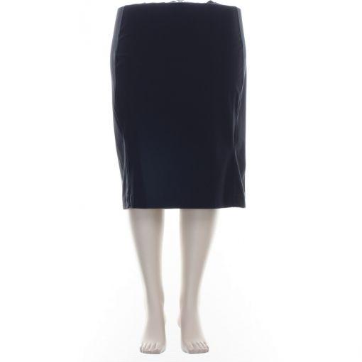 Plus Basics donkerblauwe rok travelstof