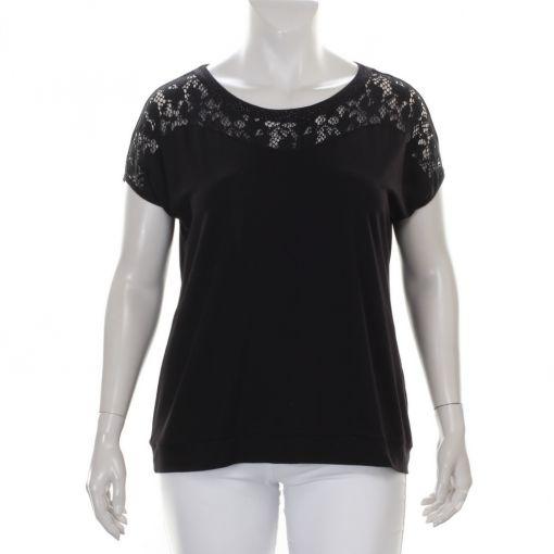 Erfo zwart shirt met kant en studs